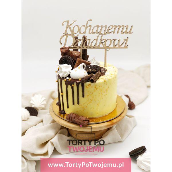 Tort z czekoladkami